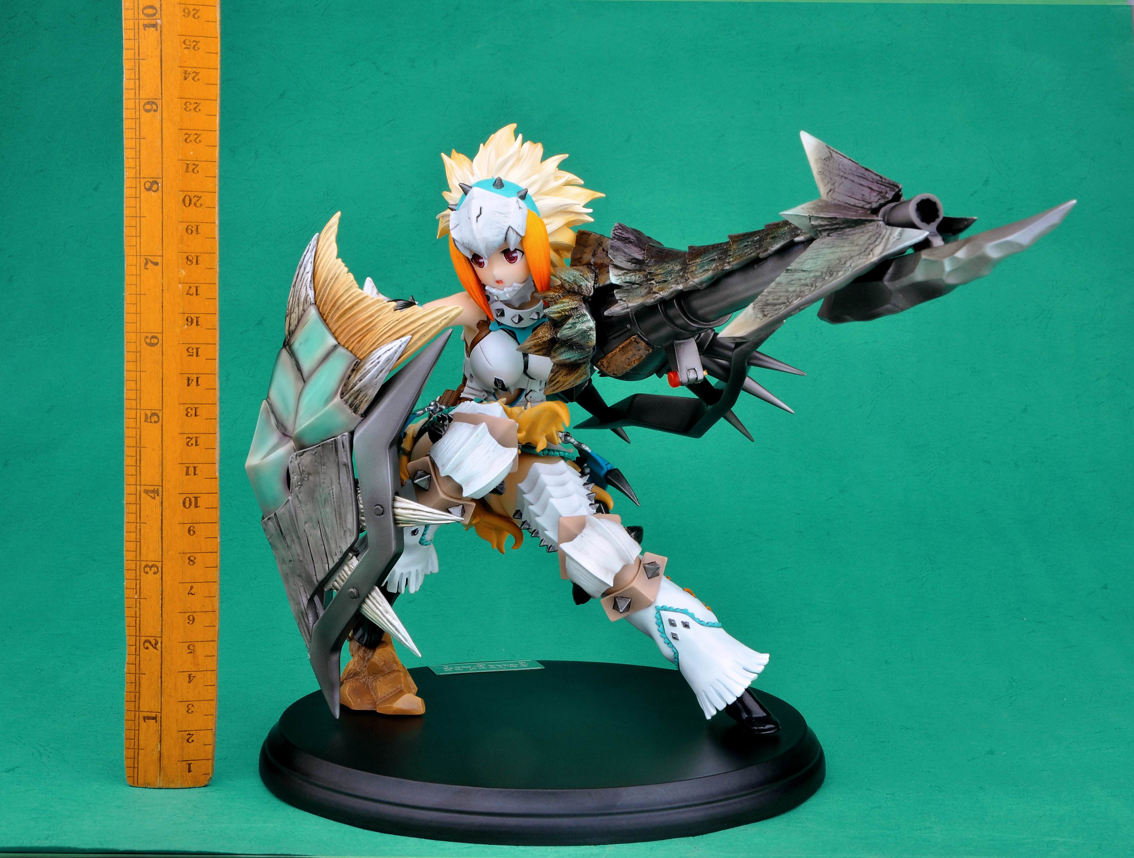 Berio Armor Hunter Monster Hunter prepainted figure haruhichan.com Monster Hunter video game figure 14