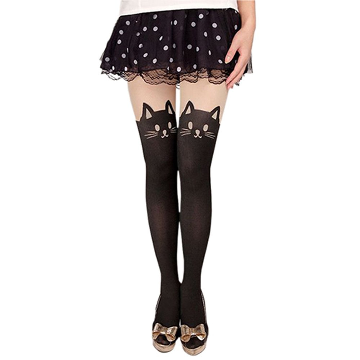 Censored Cosplay Tights Help Cosplayers Keep Their Plot Safe for Conventions4