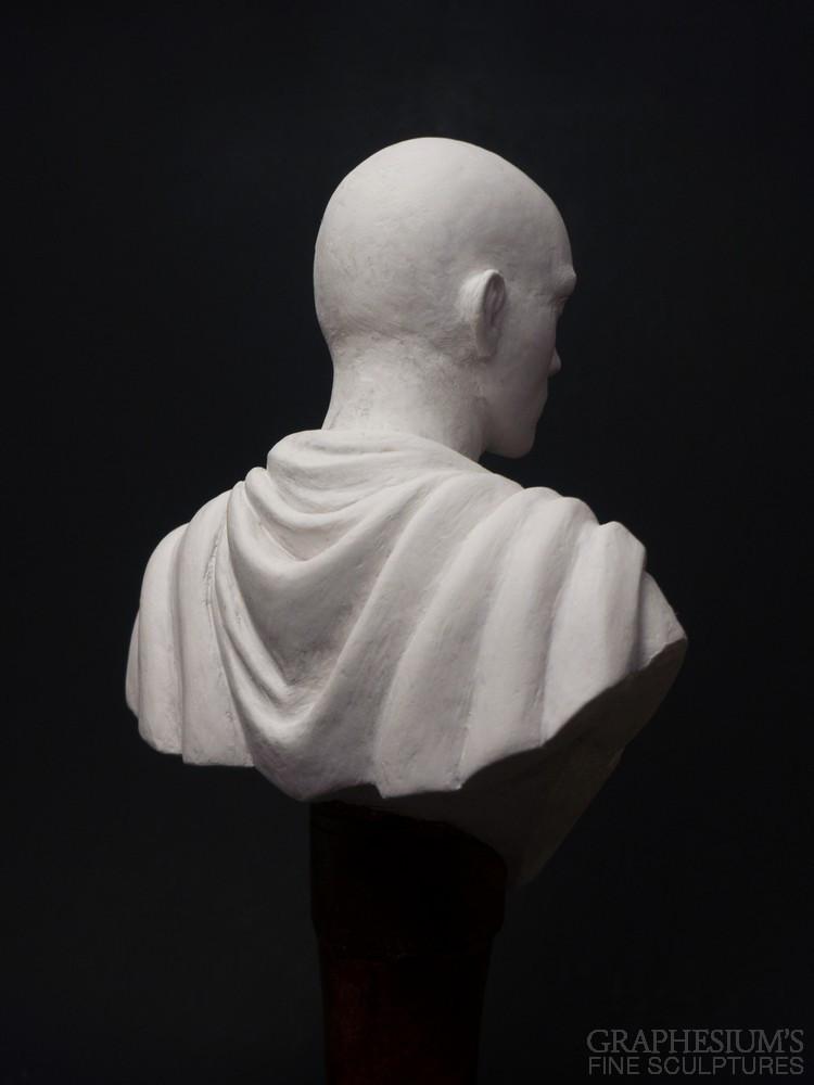 Fan Creates Lifelike Saitama Bust Sculpture 4