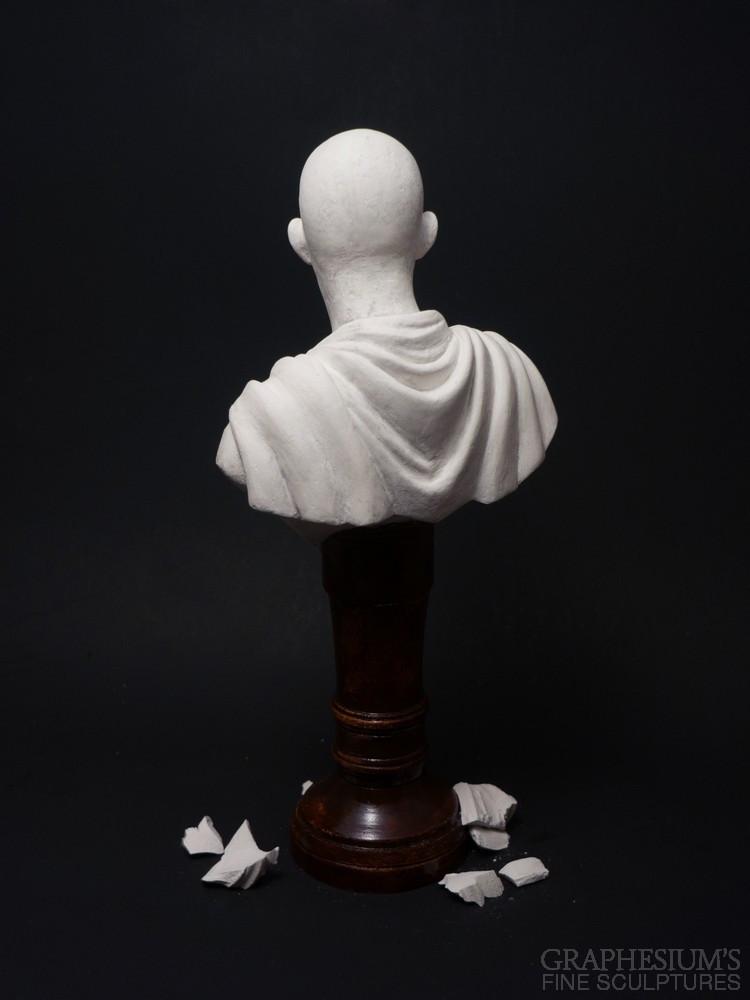 Fan Creates Lifelike Saitama Bust Sculpture 5