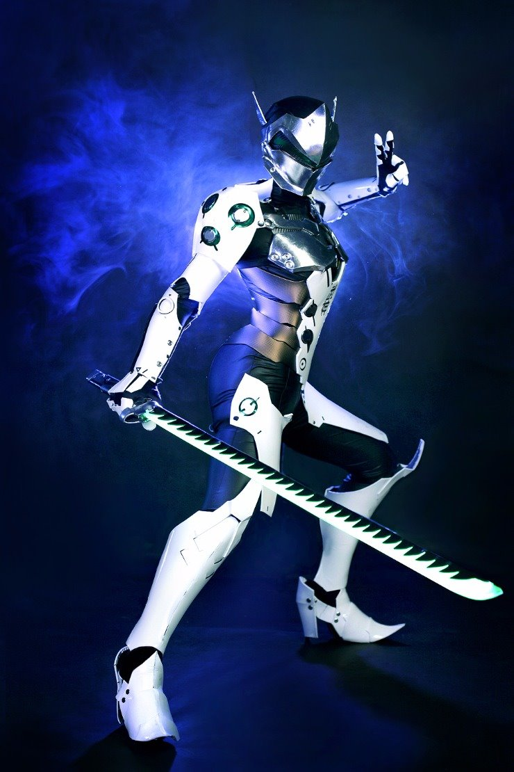 female-genji-cosplay-by-tasha-0001