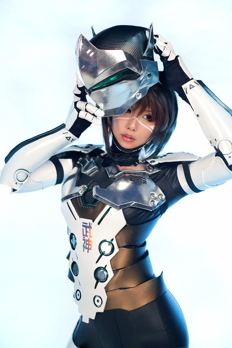 female-genji-cosplay-by-tasha-0002