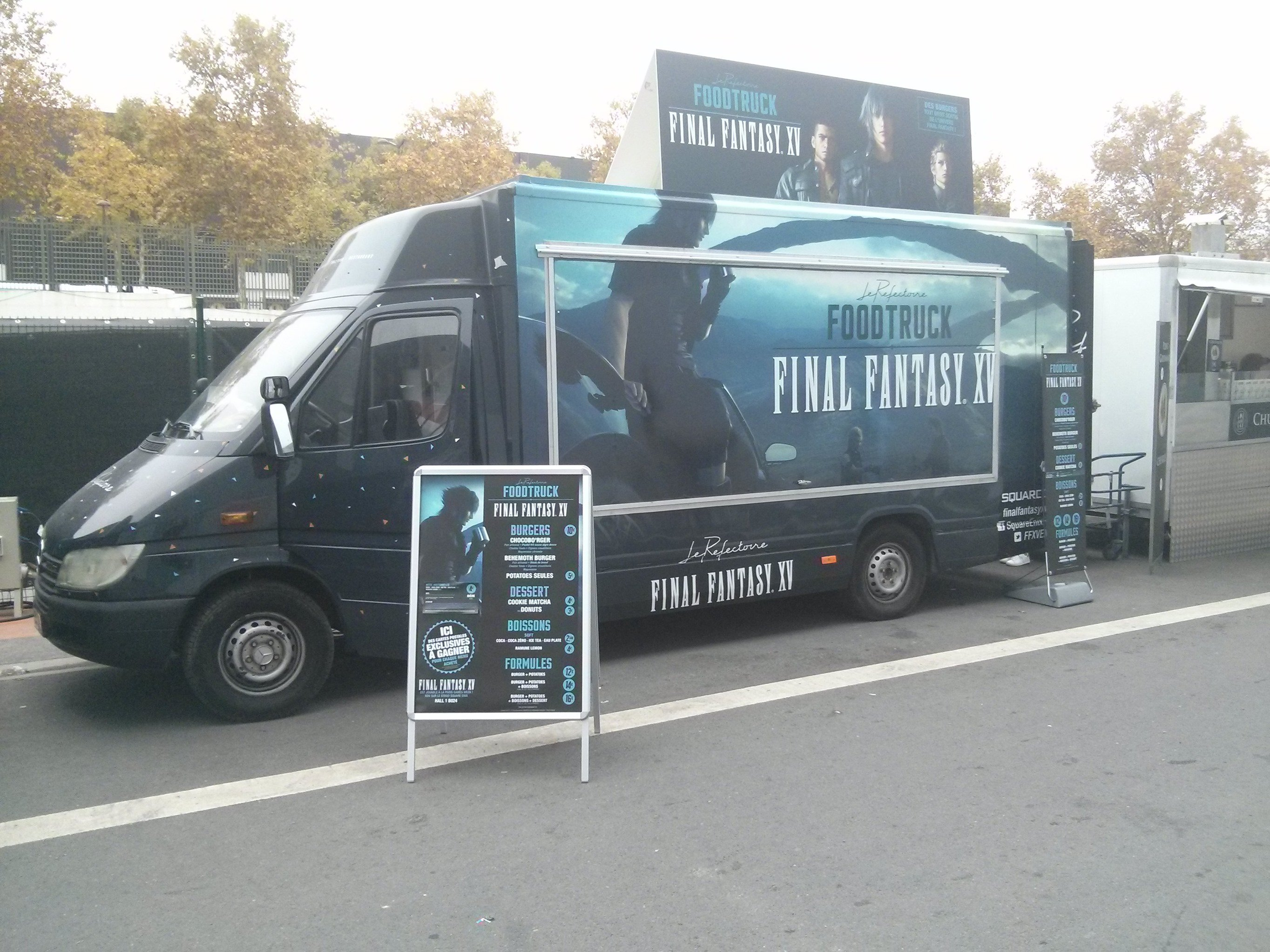 Final Fantasy XV Food Truck Serves Burgers 2