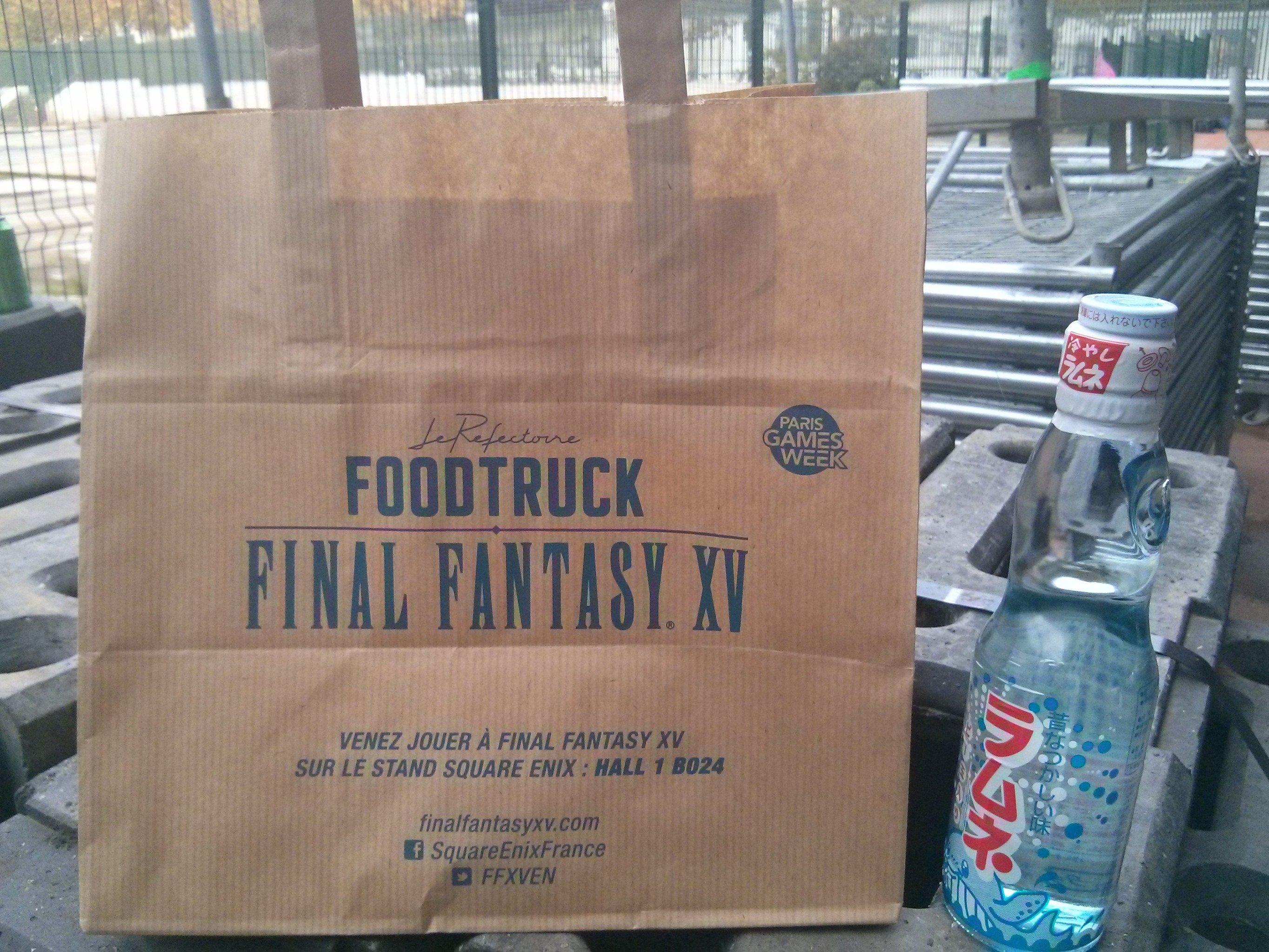 Final Fantasy XV Food Truck Serves Burgers 4
