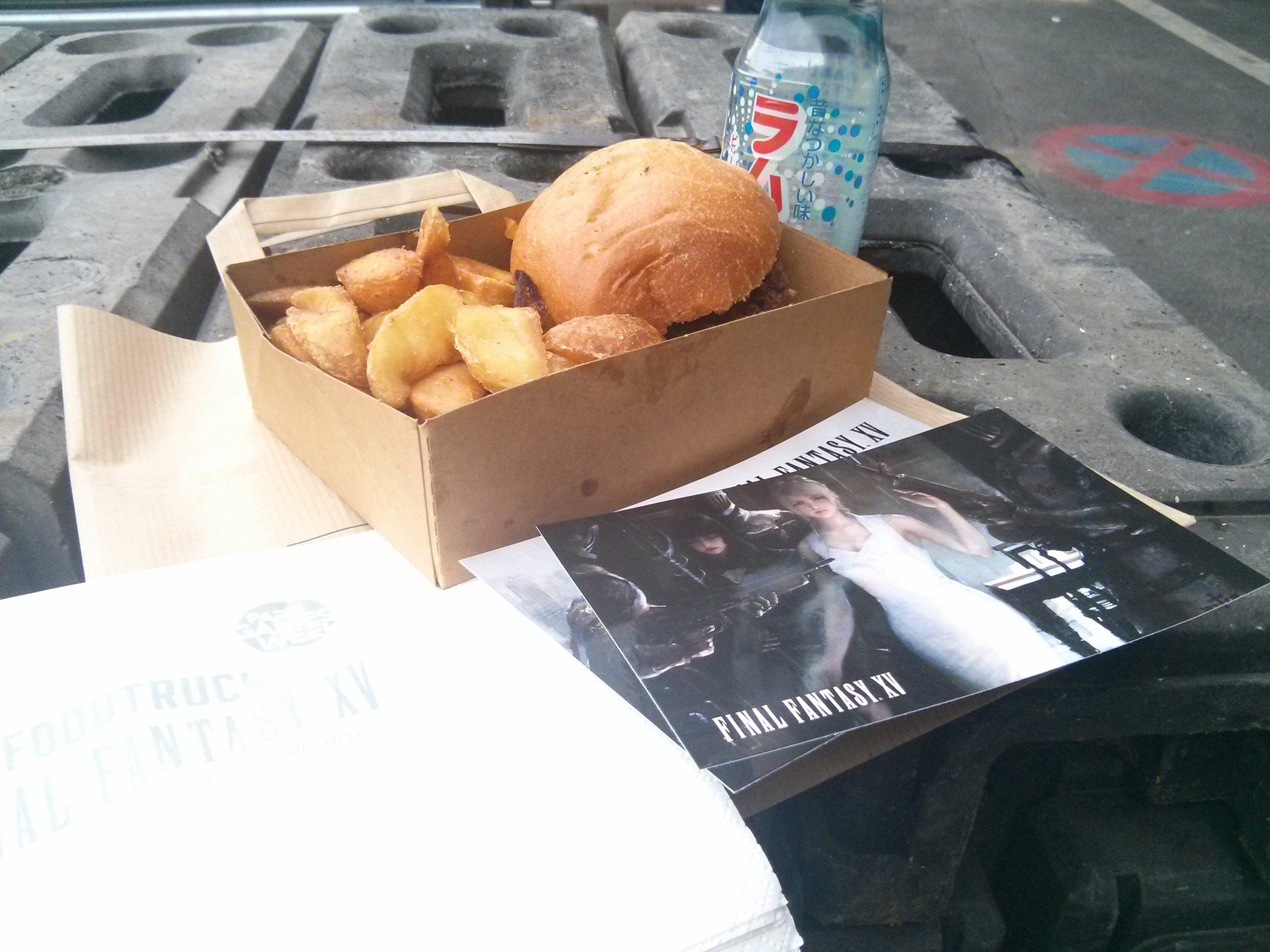 Final Fantasy XV Food Truck Serves Burgers 5