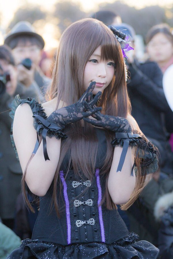 Forget Comics, These Cosplayers Will Warm Your Heart at Comiket 8936