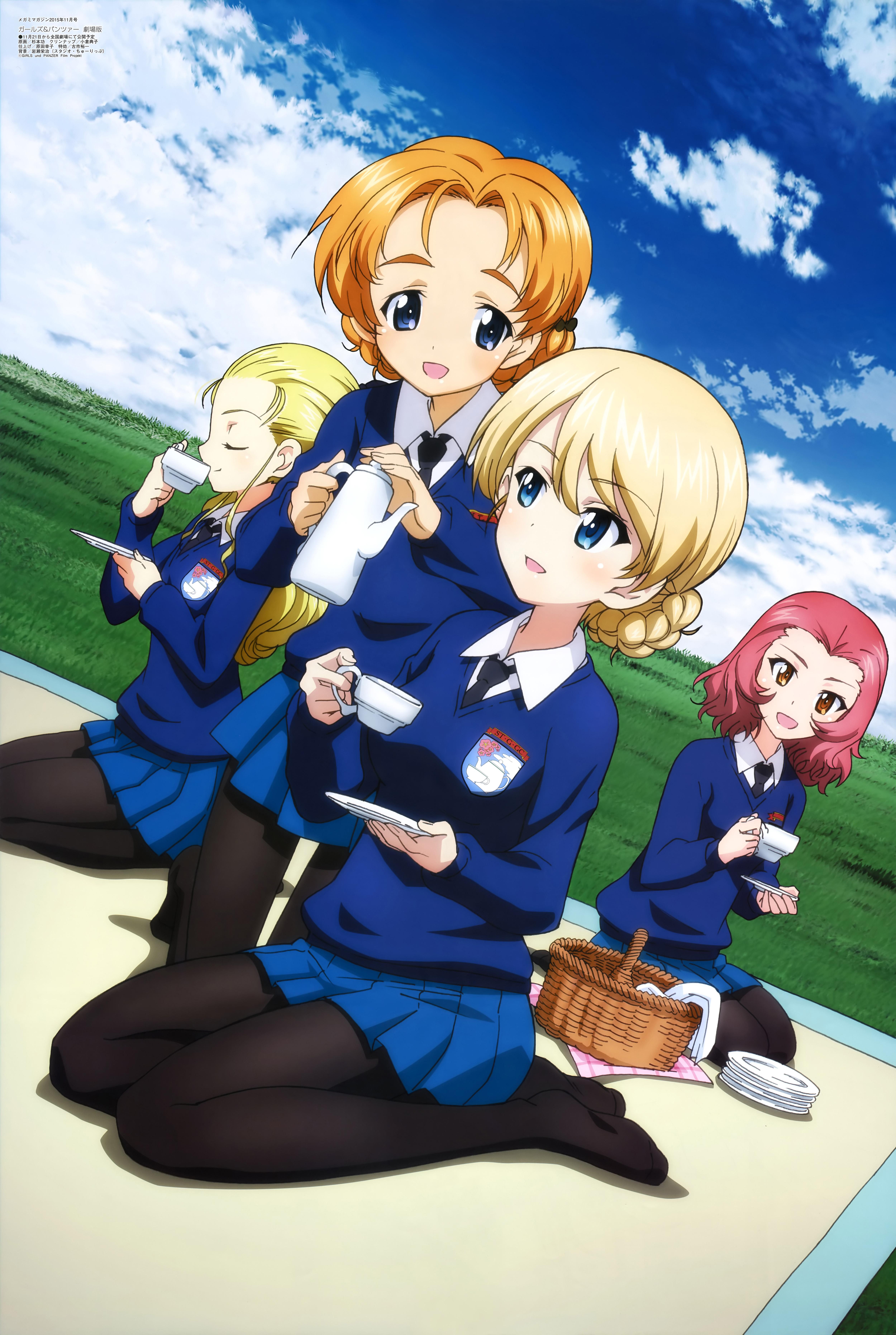 Megami-Magazine-November-anime-posters-girls und panzer