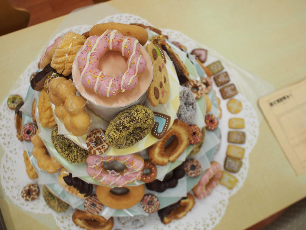 P.A. Works Office Gets a Don-Don Donuts Makeover haruhichan.com Shirobako musani anime 4