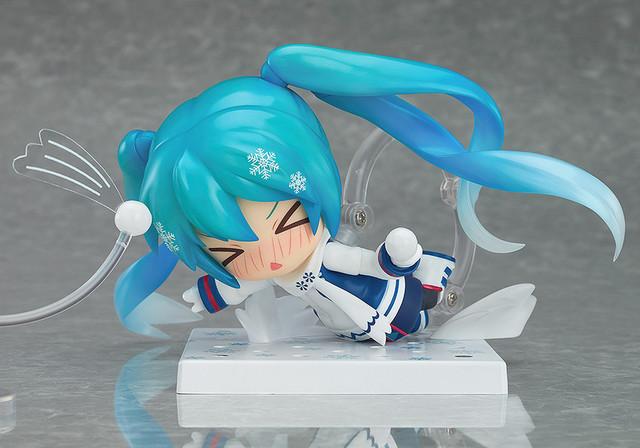 Snow Miku Figure 10