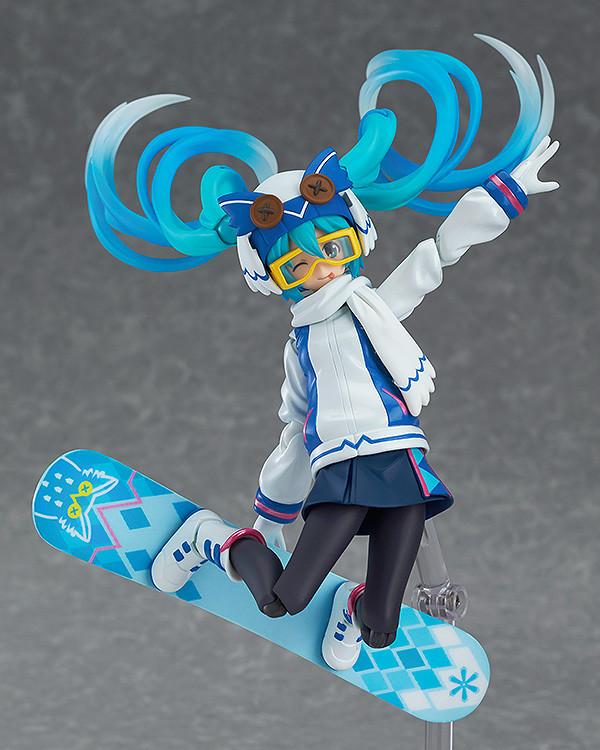 Snow Miku Figure 5