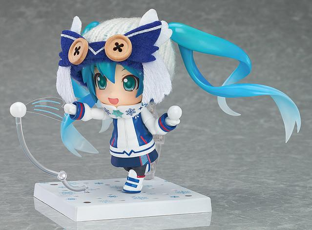 Snow Miku Figure 7