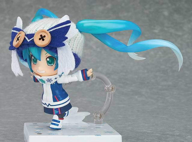 Snow Miku Figure 9