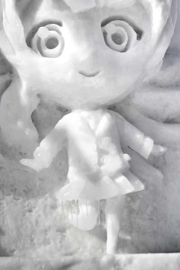Snow Miku Love Live Madoka Magica and More Ice Sculptures Displayed at the 66th Sapporo Snow Festival haruhichan.com Love Live! Kousaka Honoka Sonoda Umi Minami Kotori ice sculpture 12