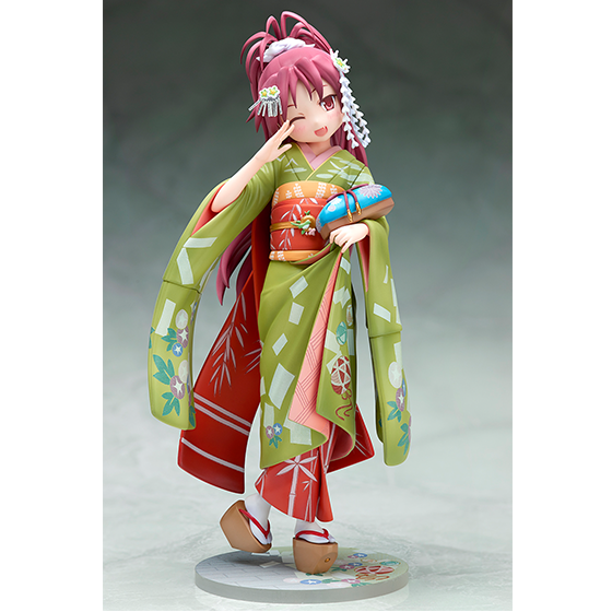 Stronger and Aniplex Release New Figures of Kyouko and Sayaka Holding Hands 8