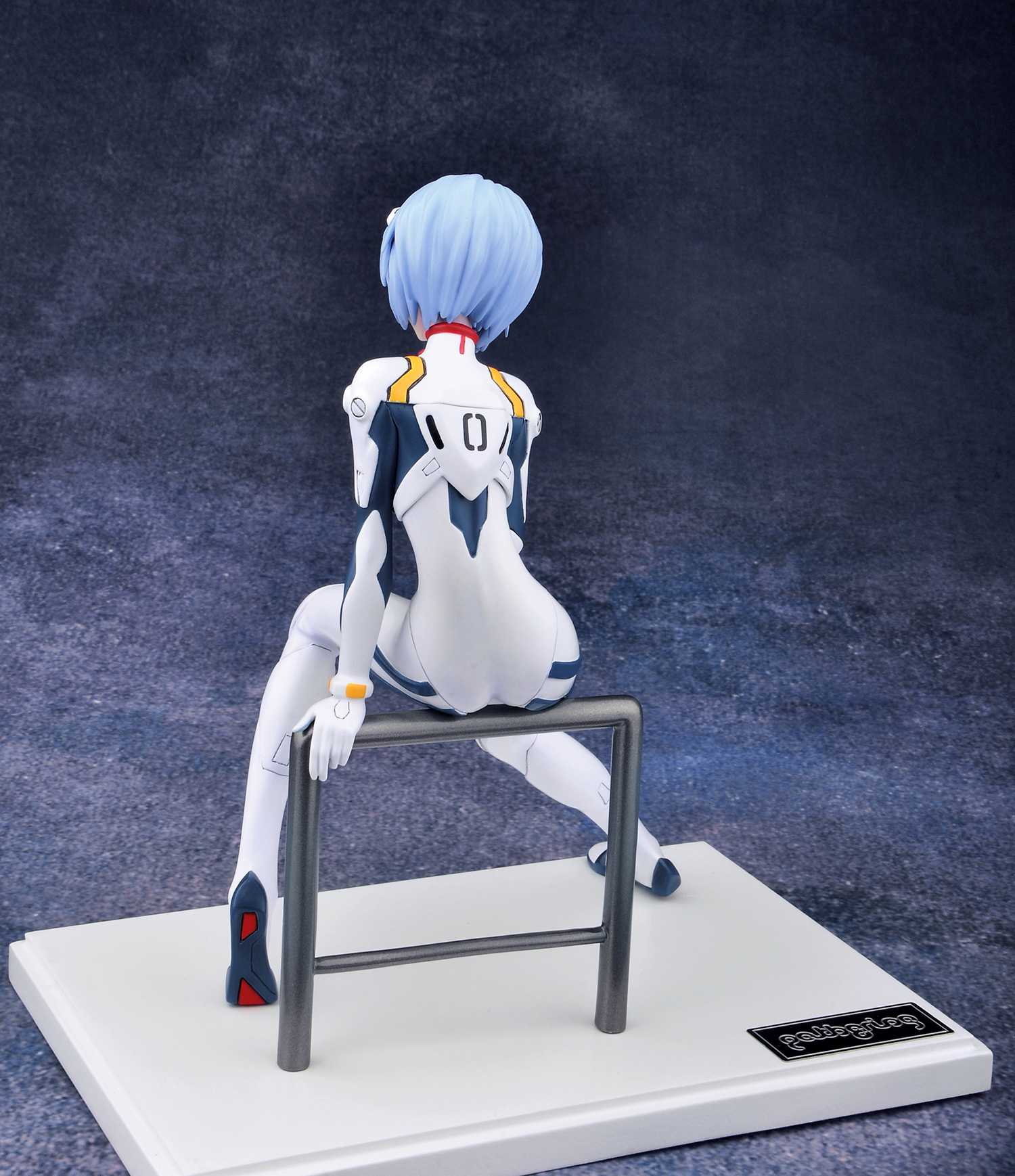 The Blue-Haired EVA Pilot Receives a New Figure haruhichan.com Neon Genesis Evangelion Ayanami Rei anime 01