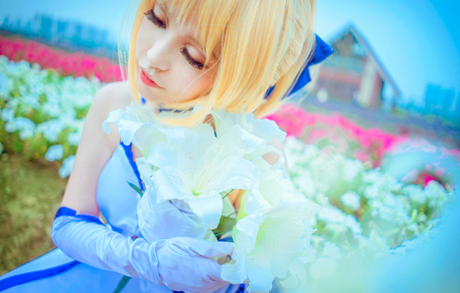 This Saber Lily Cosplayer Will Capture Your Heart in 10th Anniversery Type-Moon Photoset 10