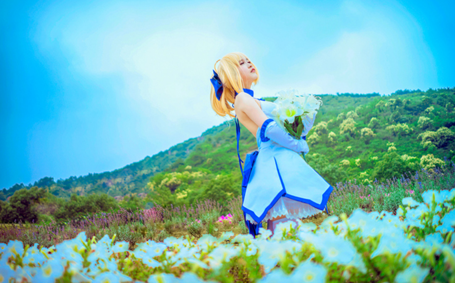 This Saber Lily Cosplayer Will Capture Your Heart in 10th Anniversery Type-Moon Photoset 7