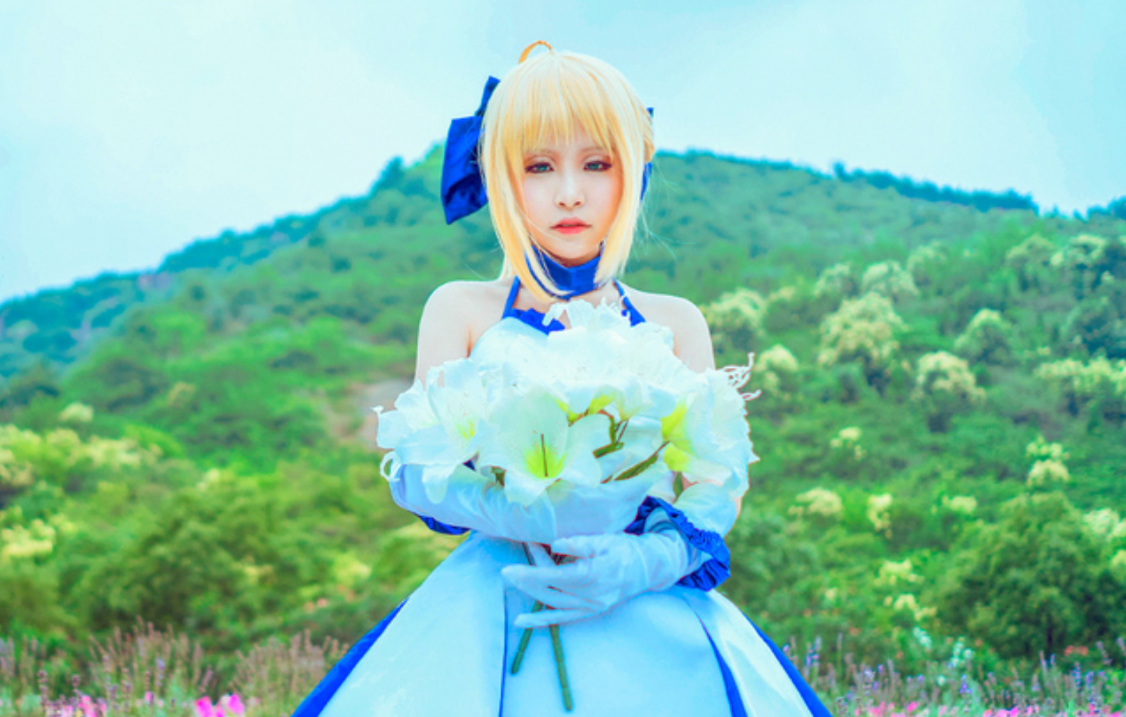 This Saber Lily Cosplayer Will Capture Your Heart in 10th Anniversery Type-Moon Photoset 9
